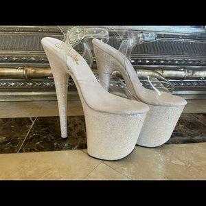 New 8 inch Glitter Pleaser Heels size 6